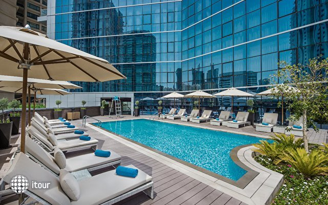 tryp-by-wyndham-dubai__985528